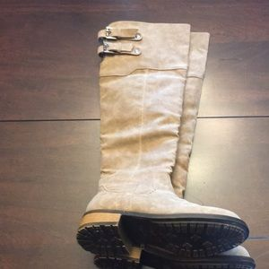 Qupid tan suede boots. Size 6.5.